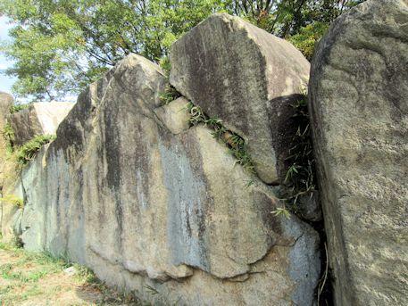 横穴式石室の側壁