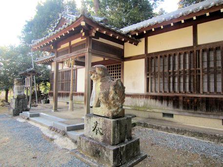 牟佐坐神社の狛犬