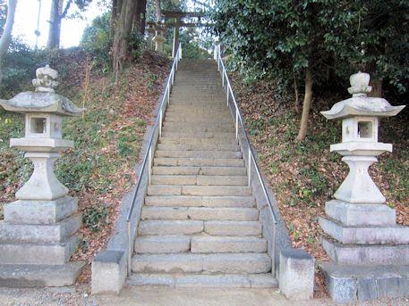 牟佐坐神社の石段