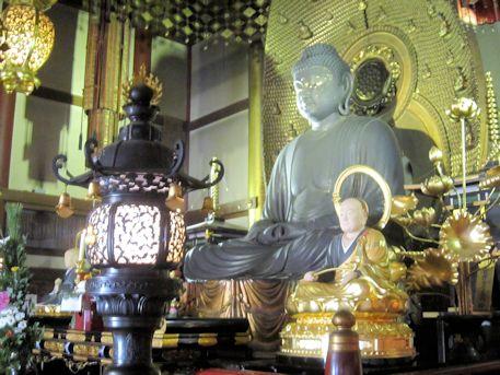 誓願寺の阿弥陀如来坐像