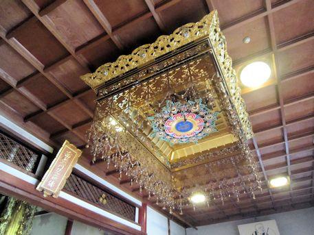 誓願寺本堂の天蓋