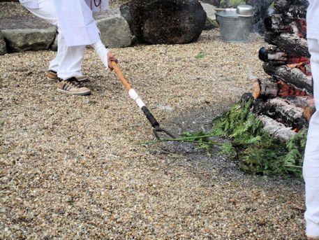 護摩祈祷の松葉