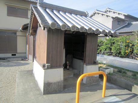 太子道沿いの地蔵堂