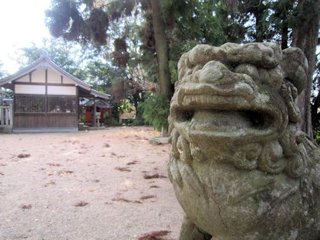 鏡作伊多神社の狛犬