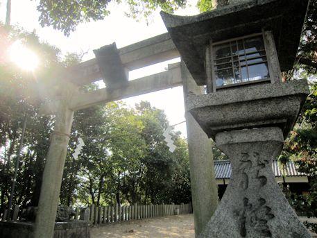 孝霊神社の石燈籠