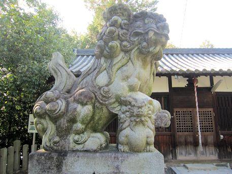 孝霊神社の狛犬