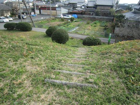 黒田大塚古墳の墳丘階段