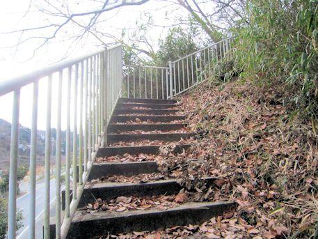 舞谷2号墳の階段