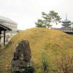 興福寺の額塚