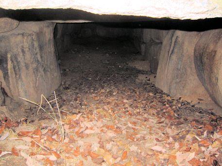ウワナリ塚古墳の羨道