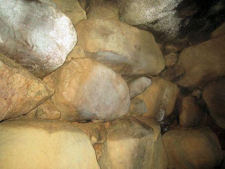 赤坂天王山3号墳の横穴式石室