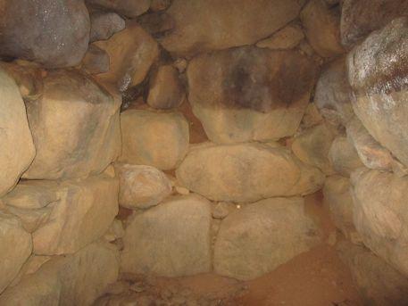 玄室の奥壁