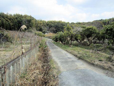 峯塚古墳のアクセス道