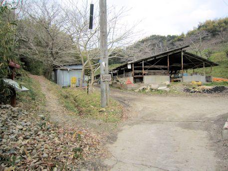 ウワナリ塚古墳のアクセスルート