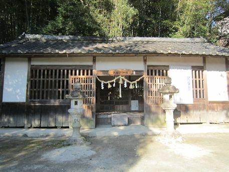 天岩戸神社の拝殿