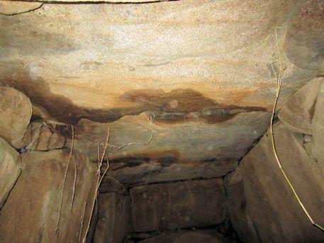 玄室天井石