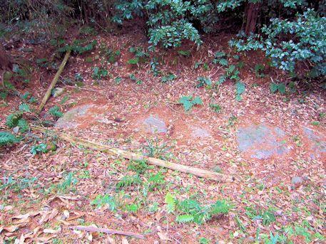 メスリ山古墳の竪穴式石室天井石
