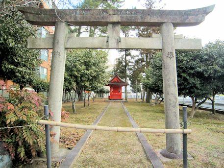 石落神社鳥居