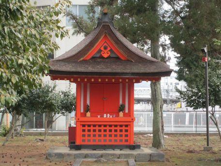 石落神社本殿