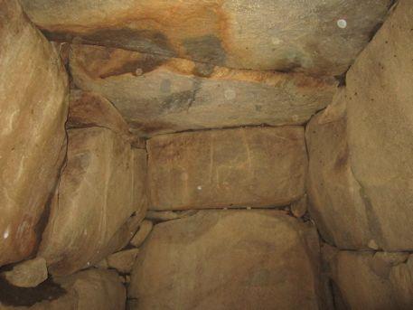 打上古墳の岩屋山式石室
