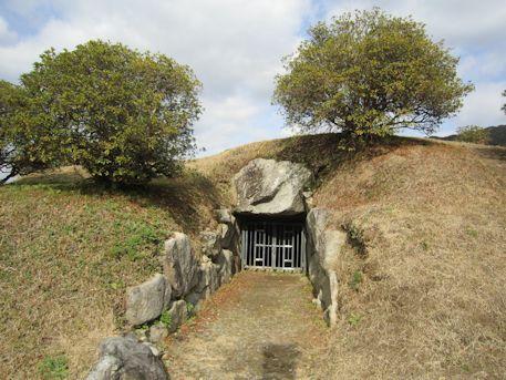 都塚古墳の横穴式石室