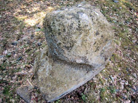 立部の立石