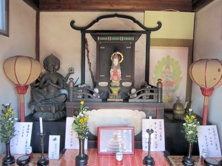喜光寺弁天堂の仏像