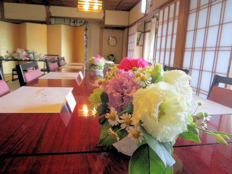ゲストテーブルの卓上装花