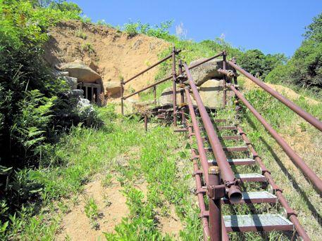 寺崎白壁塚古墳の階段