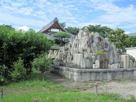 慶運寺石仏