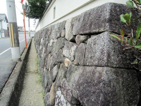 織田小学校の石垣