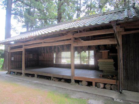 川合八幡神社拝殿