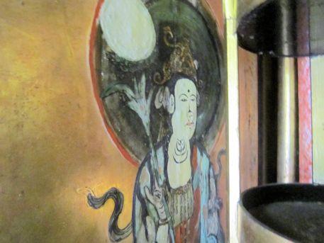 西念寺薬師如来坐像の厨子
