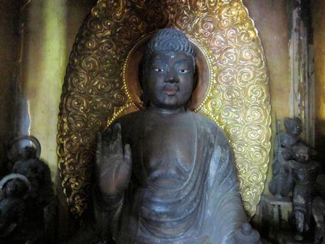西念寺薬師如来坐像