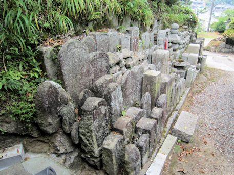 西念寺無縁仏