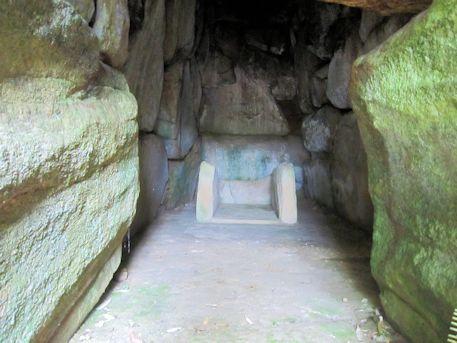 烏土塚古墳の横穴式石室