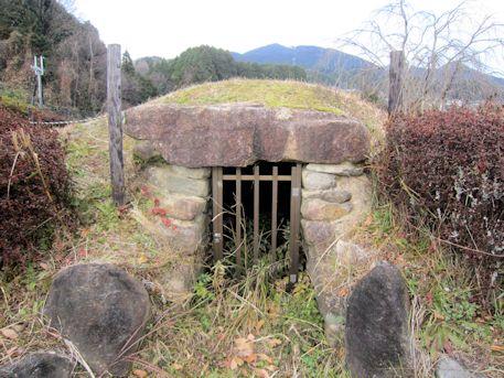 西峠古墳の横穴式石室