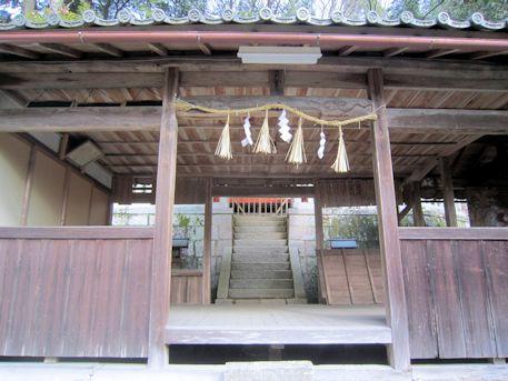 八幡神社の絵馬殿