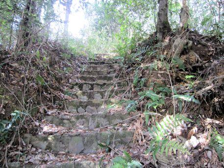 真弓鑵子塚古墳の階段