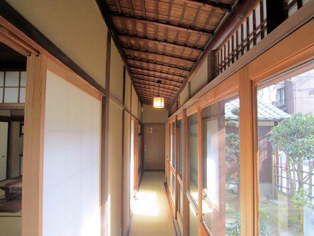 入江泰吉旧居の廊下