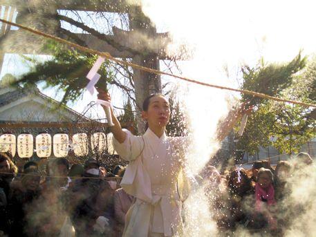恵比須神社の湯立神楽