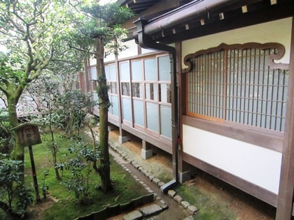 龍安寺の花頭窓