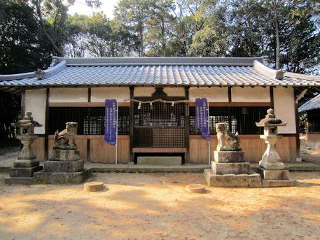 白山姫神社拝殿
