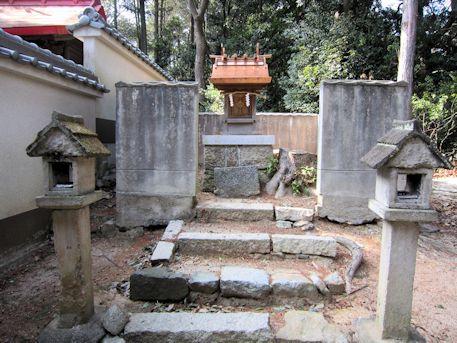 白山姫神社の摂社