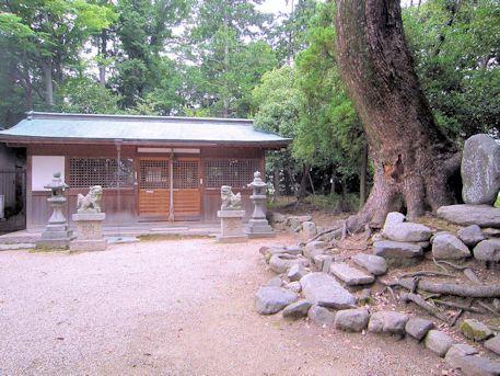 天照御魂神社の斎庭