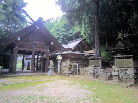 篠畑神社社殿