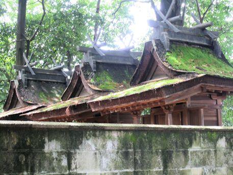 石見鏡作神社本殿