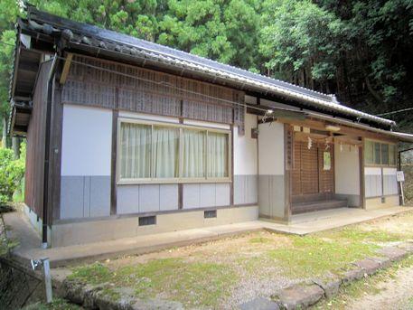 篠畑神社社務所