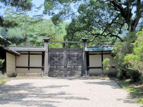 東大寺勅使門