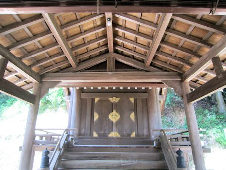 篠畑神社本殿